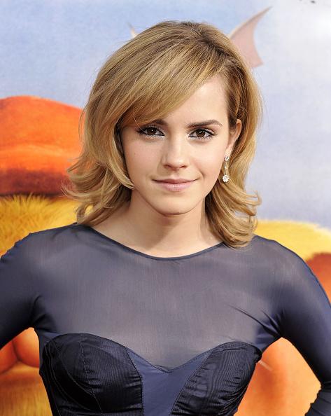 エマ・ワトソン「Premiere of Universal Picture's 'The Tale of Despereaux' - Arrivals」:写真・画像(3)[壁紙.com]