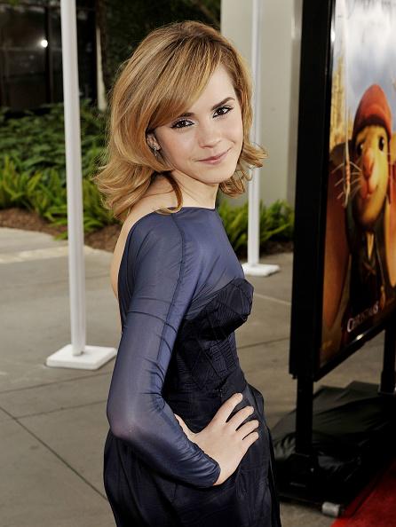 エマ・ワトソン「Premiere of Universal Picture's 'The Tale of Despereaux' - Arrivals」:写真・画像(14)[壁紙.com]