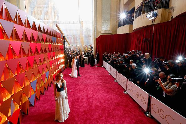 波「89th Annual Academy Awards - Red Carpet」:写真・画像(13)[壁紙.com]