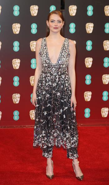 Emma Stone「EE British Academy Film Awards - Red Carpet Arrivals」:写真・画像(12)[壁紙.com]