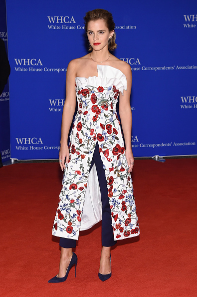 エマ・ワトソン「102nd White House Correspondents' Association Dinner - Arrivals」:写真・画像(13)[壁紙.com]