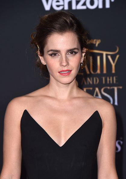 エマ・ワトソン「Premiere Of Disney's 'Beauty And The Beast' - Arrivals」:写真・画像(11)[壁紙.com]