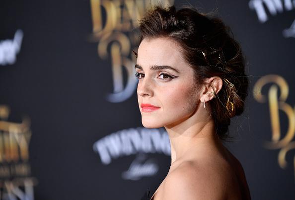 エマ・ワトソン「Premiere Of Disney's 'Beauty And The Beast' - Arrivals」:写真・画像(4)[壁紙.com]