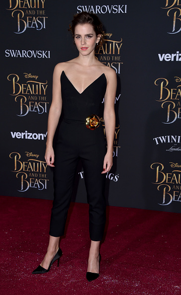 エマ・ワトソン「Premiere Of Disney's 'Beauty And The Beast' - Arrivals」:写真・画像(1)[壁紙.com]