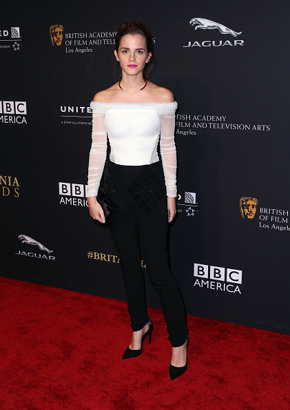 エマ・ワトソン「BAFTA Los Angeles Jaguar Britannia Awards Presented By BBC America And United Airlines - Arrivals」:写真・画像(6)[壁紙.com]