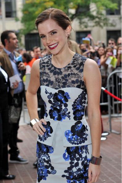 エマ・ワトソン「'The Perks Of Being A Wallflower' Premiere - 2012 Toronto International Film Festival」:写真・画像(0)[壁紙.com]