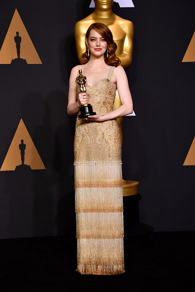 Emma Stone「89th Annual Academy Awards - Press Room」:写真・画像(7)[壁紙.com]