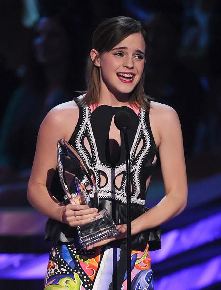 エマ・ワトソン「39th Annual People's Choice Awards - Show」:写真・画像(19)[壁紙.com]