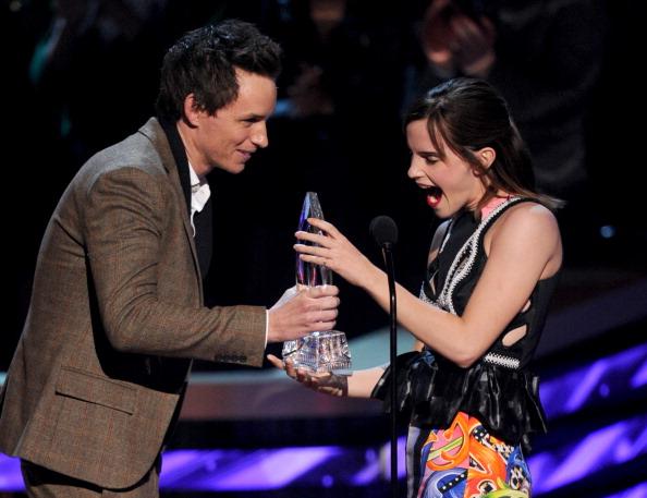 エマ・ワトソン「39th Annual People's Choice Awards - Show」:写真・画像(4)[壁紙.com]