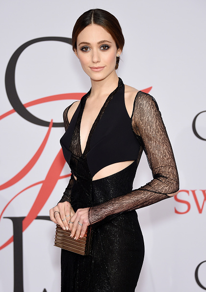 Emmy Rossum「2015 CFDA Fashion Awards - Inside Arrivals」:写真・画像(15)[壁紙.com]