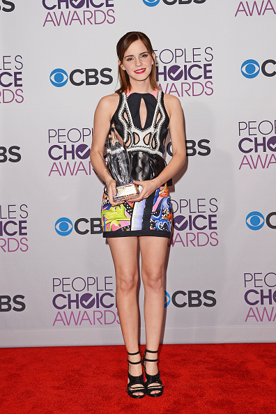 エマ・ワトソン「39th Annual People's Choice Awards - Press Room」:写真・画像(3)[壁紙.com]