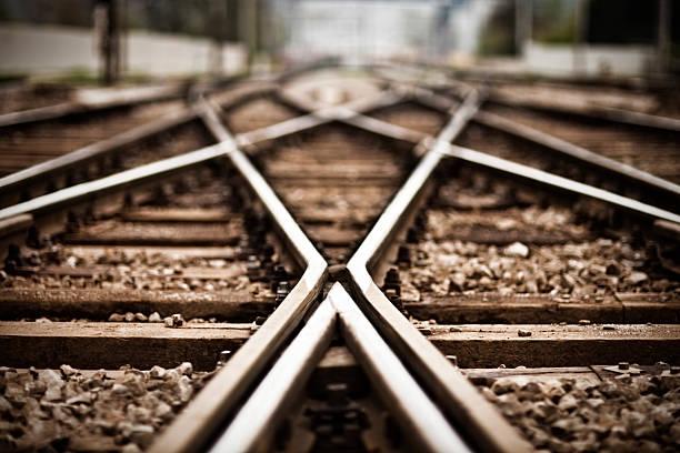 Railroad  track points:スマホ壁紙(壁紙.com)