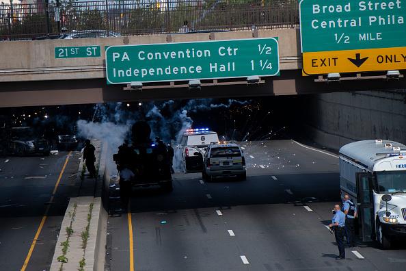 Center City - Philadelphia「Protests Continue In Philadelphia In Response To Death Of George Floyd In Minneapolis」:写真・画像(18)[壁紙.com]