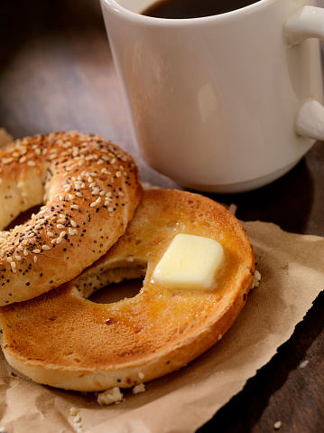 Toasted Food「Toasted Bagel with Butter and a Coffee」:スマホ壁紙(11)