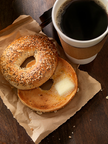Toasted Food「Toasted Bagel with Butter」:スマホ壁紙(1)