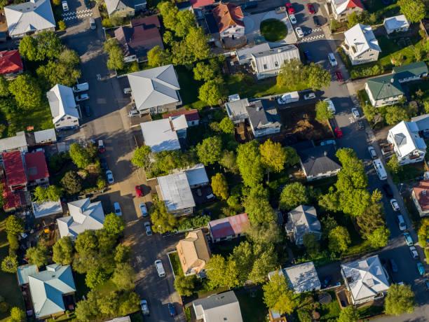 Aerial - Roof tops, Neighborhood of Reykjavik, Iceland:スマホ壁紙(壁紙.com)