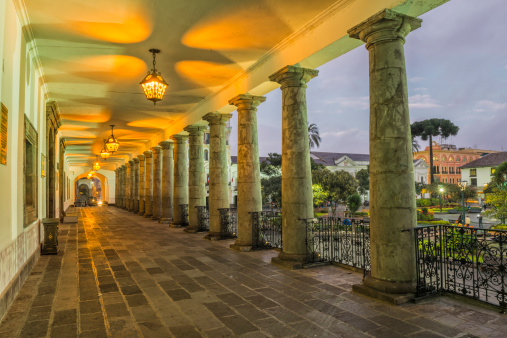 Presidential Palace「Quito, Independence square」:スマホ壁紙(10)