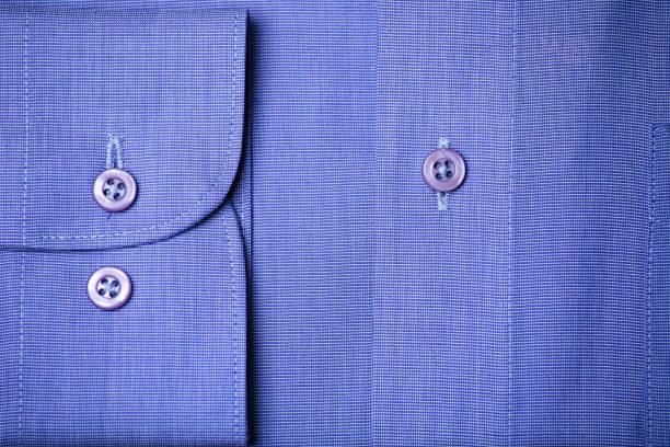 Blue shirt:スマホ壁紙(壁紙.com)