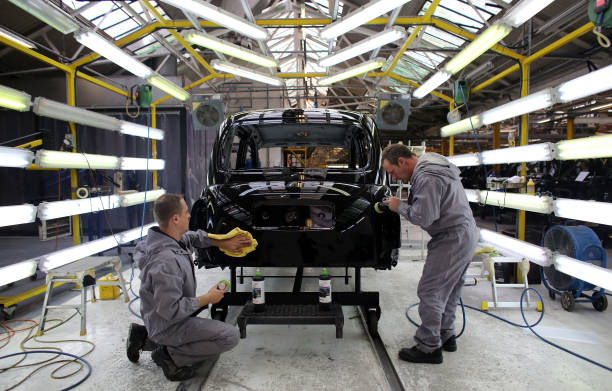 London Black Cab Production Resumes In Coventry:ニュース(壁紙.com)