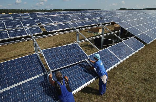 Solar Energy「Germany Invests Heavily In Solar Energy」:写真・画像(17)[壁紙.com]