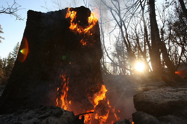 Inferno「Station Fire Nears Full Containment After Scorching Over 250 Square Miles」:写真・画像(4)[壁紙.com]