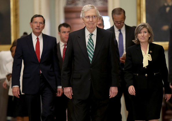アメリカ共和党「Senate Lawmakers Address The Media After Weekly Policy Luncheons」:写真・画像(11)[壁紙.com]