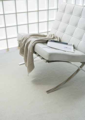 Frost「Sofa」:スマホ壁紙(2)