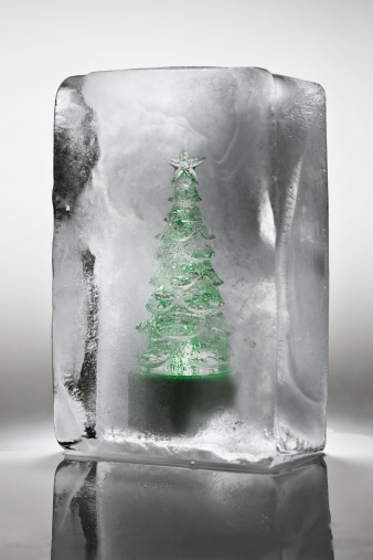 Gray Background「Ornamental Christmas tree frozen in a block of ice」:スマホ壁紙(17)