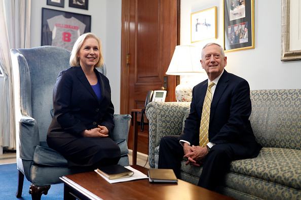 Aaron P「Trump's Selection For Defense Secretary Meets With Sen. Gillibrand At The Capitol」:写真・画像(0)[壁紙.com]