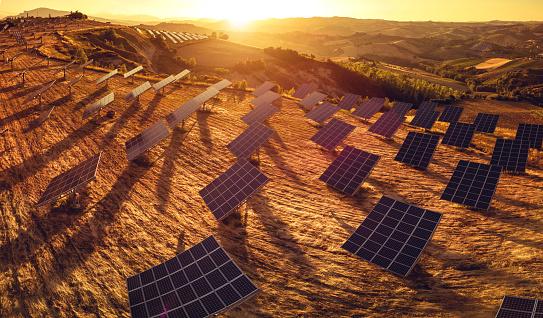 Solar Energy「Fields of solar panels on the green hills in spring」:スマホ壁紙(19)
