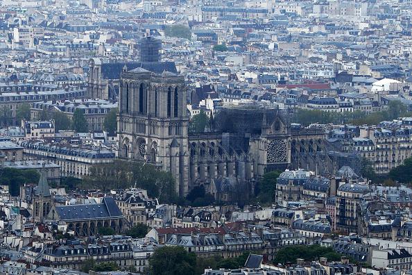 Notre Dame de Paris「Paris Assesses Damage Following Notre Dame Blaze」:写真・画像(7)[壁紙.com]