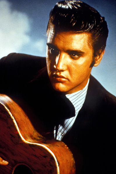 Guitar「Singer Elvis Presley...」:写真・画像(12)[壁紙.com]