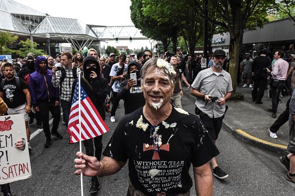 Condiment「Alt Right Group Holds Rally In Portland, Oregon」:写真・画像(18)[壁紙.com]