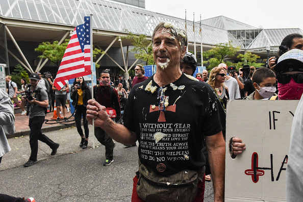 Condiment「Alt Right Group Holds Rally In Portland, Oregon」:写真・画像(9)[壁紙.com]