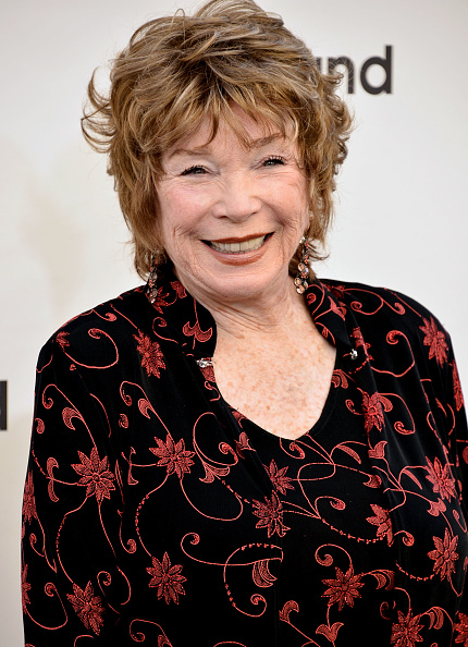 Brown Lipstick「40th AFI Life Achievement Award Honoring Shirley MacLaine - Arrivals」:写真・画像(6)[壁紙.com]
