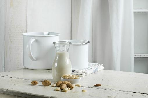 アーモンド「Vegan milk, almond milk」:スマホ壁紙(9)