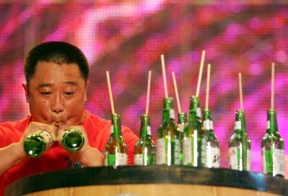 Cancan Chu「Qingdao Hosts Beer Festival」:写真・画像(12)[壁紙.com]