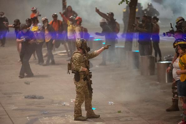Oregon - US State「Feds Attempt To Intervene After Weeks Of Violent Protests In Portland」:写真・画像(18)[壁紙.com]