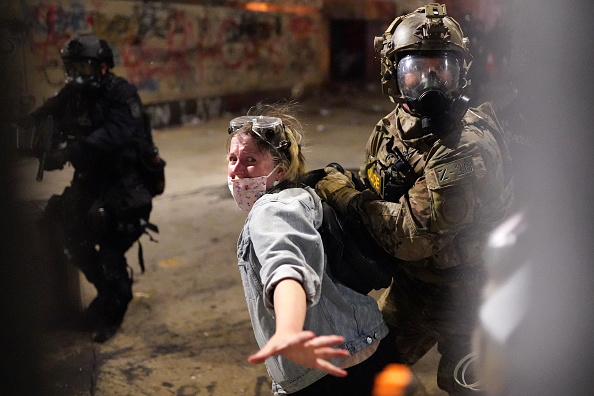 Oregon - US State「Feds Attempt To Intervene After Weeks Of Violent Protests In Portland」:写真・画像(1)[壁紙.com]