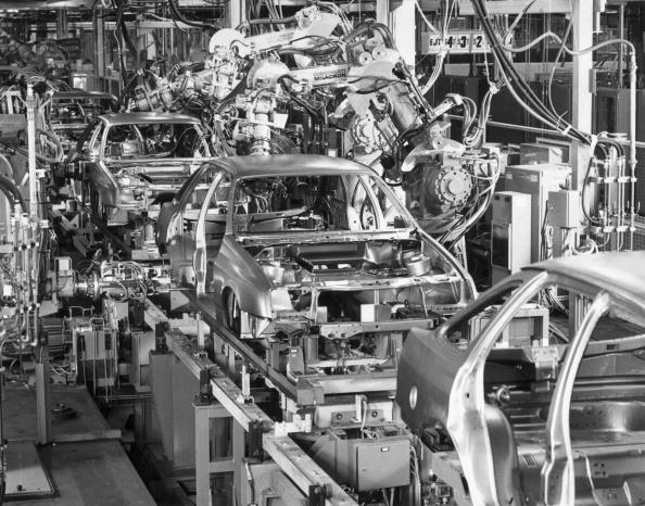 Automobile Industry「Automated Car Factory」:写真・画像(0)[壁紙.com]