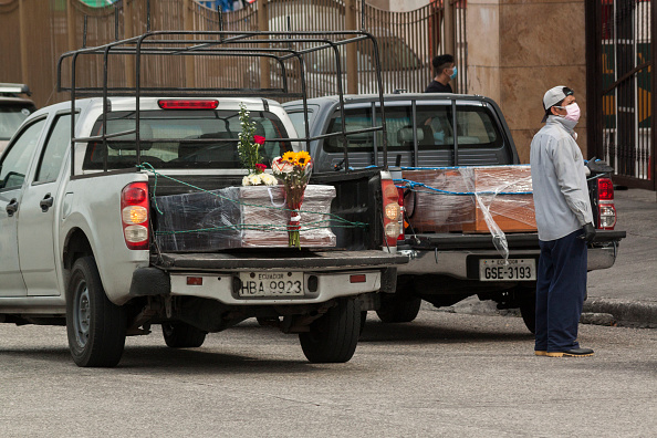 Wrapped「Coronavirus Continues To Overwhelm Guayaquil」:写真・画像(19)[壁紙.com]