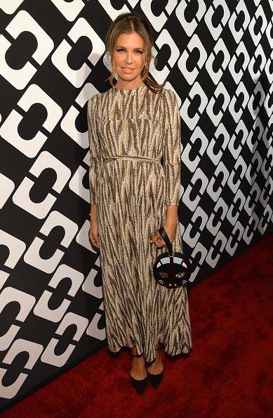 Three Quarter Length Sleeve「Diane Von Furstenberg's Journey Of A Dress Exhibition Opening Celebration - Red Carpet」:写真・画像(13)[壁紙.com]