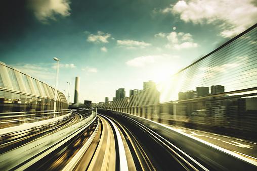 Minato Ward「fast train on business area in Tokyo - Japan」:スマホ壁紙(10)