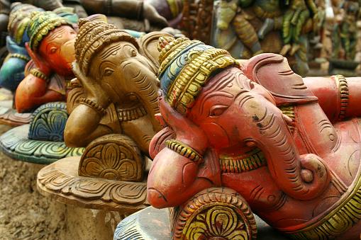 Hinduism「Sculptures of Hindu elephant-faced deity Ganesha」:スマホ壁紙(16)