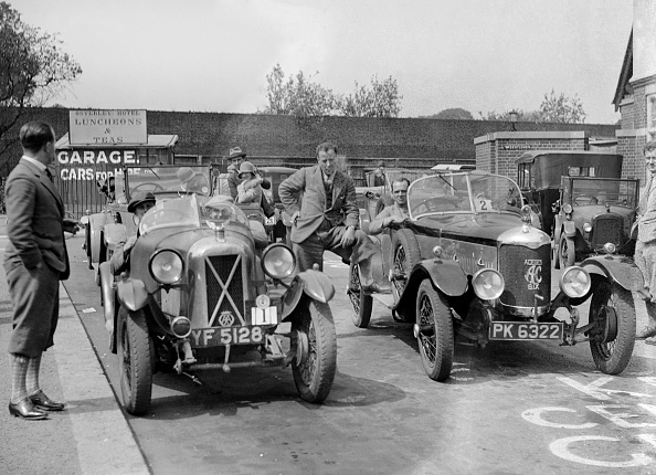 Auto Racing「Cars at the North West London Motor Club Trial, Osterley Park Hotel, Isleworth, 1 June 1929」:写真・画像(9)[壁紙.com]
