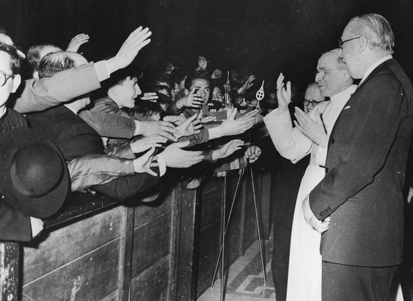 Reaching「Pope Pius XII And President Osborne」:写真・画像(18)[壁紙.com]