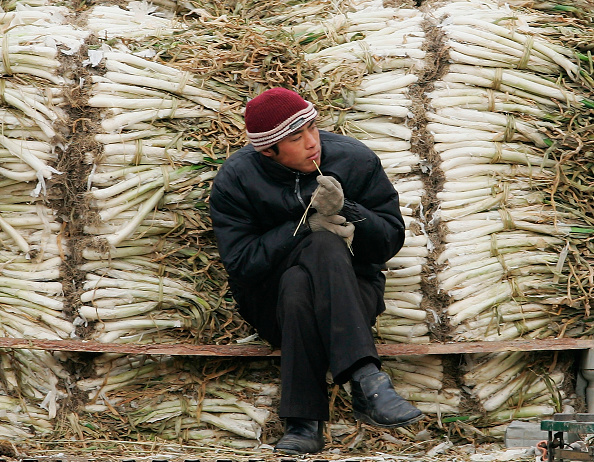 City Life「Vendors Wait For Customers At A Market In Beijing」:写真・画像(2)[壁紙.com]