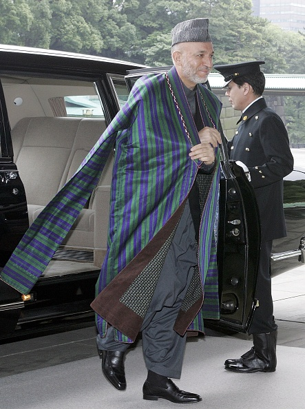Japanese Royalty「Afghan President Hamid Karzai Meets With Emperor Akihito」:写真・画像(5)[壁紙.com]