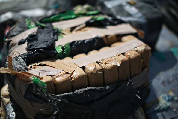 Cocaine「Coast Guard Seizes 28,000 Lbs Of Cocaine During 18 Interdictions」:写真・画像(19)[壁紙.com]