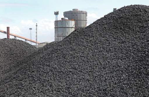 Lignite「piles of coking coal」:スマホ壁紙(2)